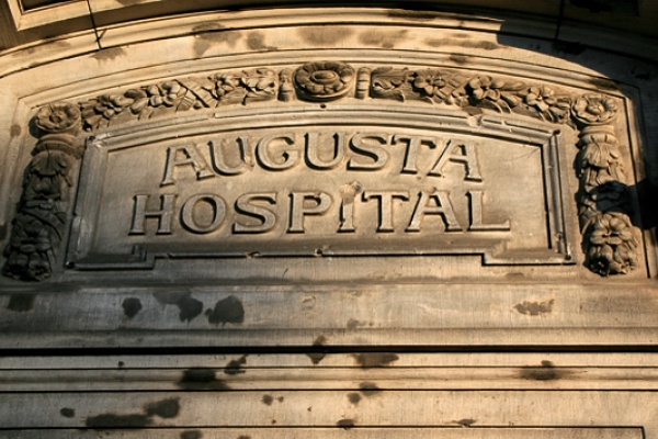 hospitalD3E308F4-B422-EE53-ED46-783C56945FFE.jpg